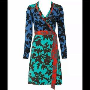 Diane von Furstenberg Blue Printed V Neck Dress